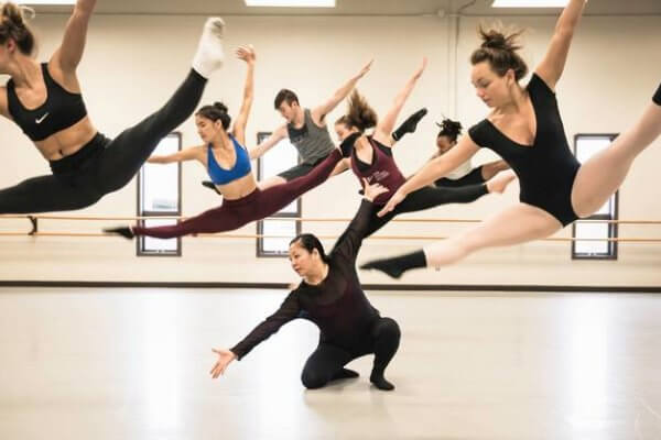 Ting-Yu Chen teaches a dance class at Shenandoah Conservatory.